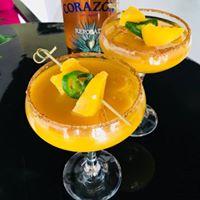 Delicious Mango Jalapeño Margarita